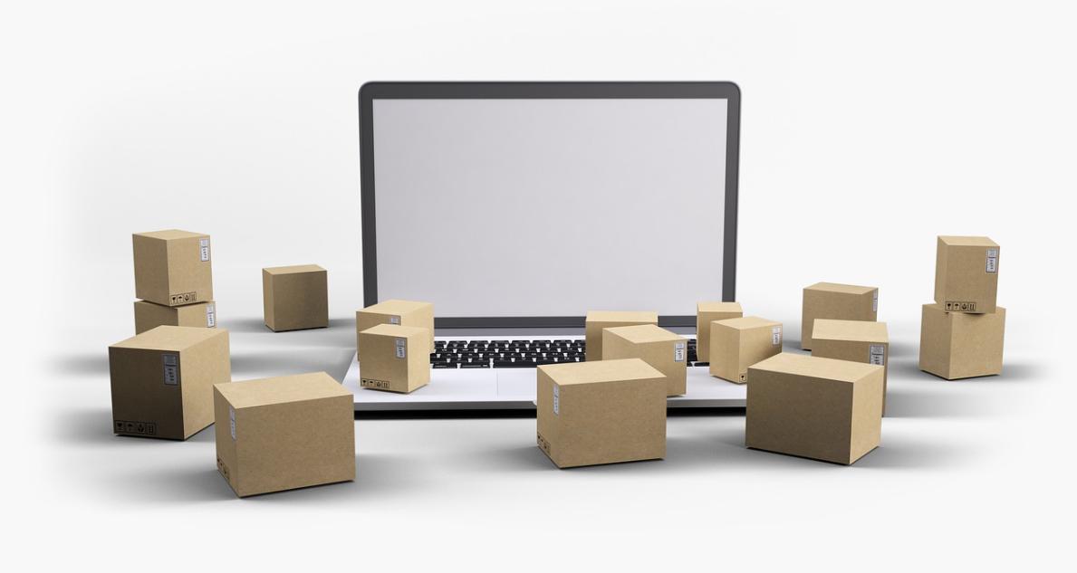 balíky a notebook