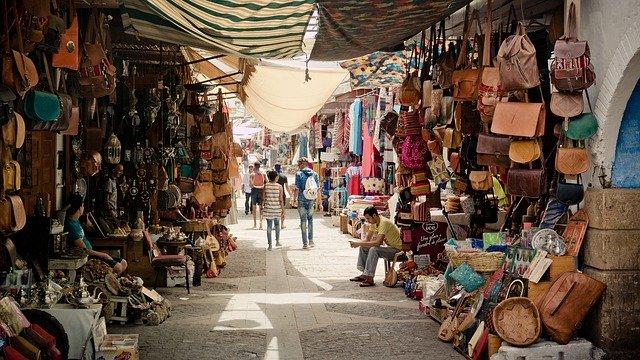 zboží na tržnici.jpg
