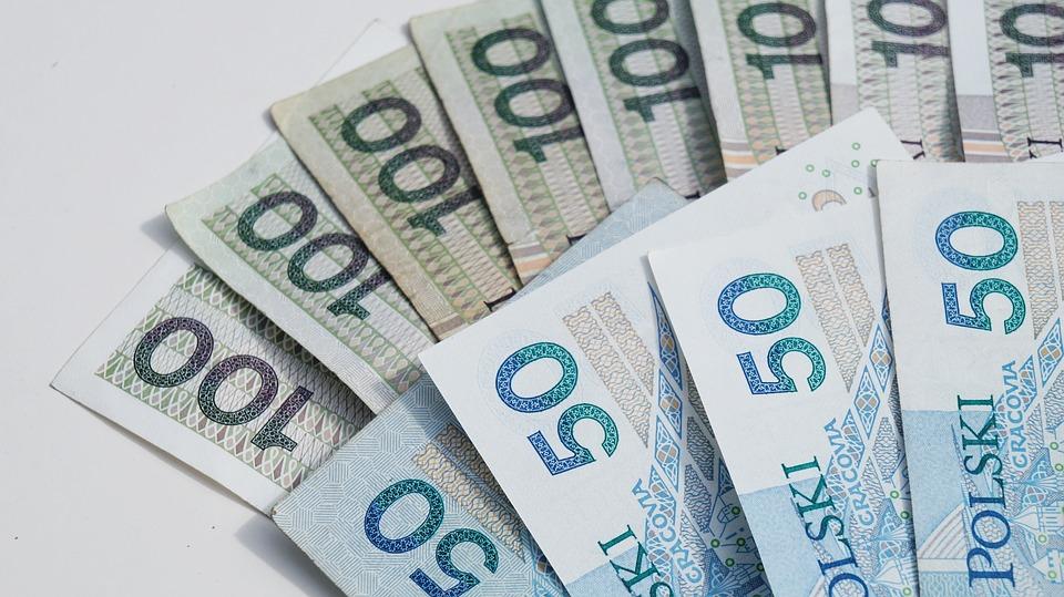 zloté bankovky